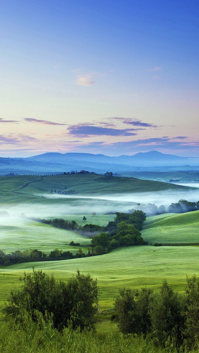 Green Nature Field Italy iPhone wallpaper iphoneswallpapers com