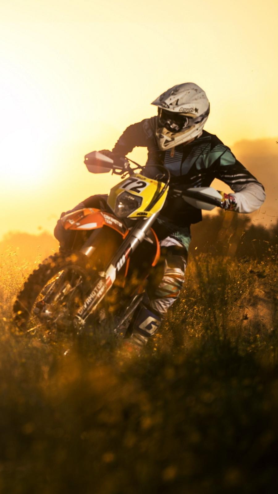 Dirtbike-in-Mud-iPhone-Wallpaper - IPhone Wallpapers
