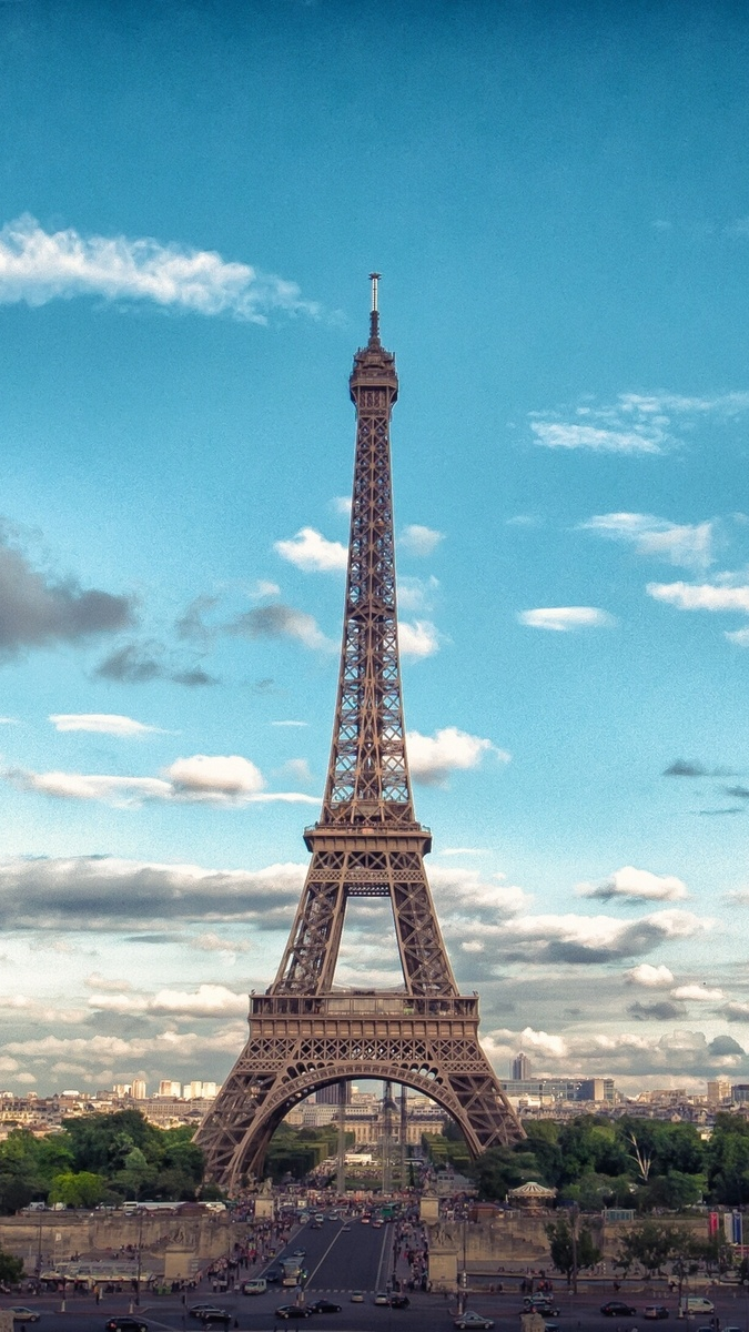 Eiffel Tower Front View Iphone Wallpaper Iphone Wallpapers