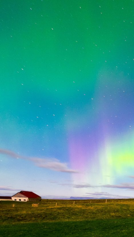 iceland aurora borealis northern lights iPhone Wallpaper iphoneswallpapers com