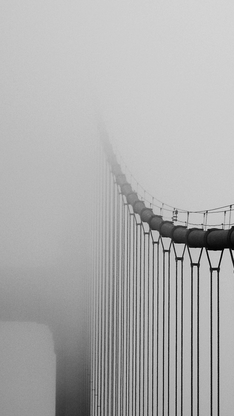 Golden Gate Bridge In Fog Iphone Wallpaper Iphone Wallpapers