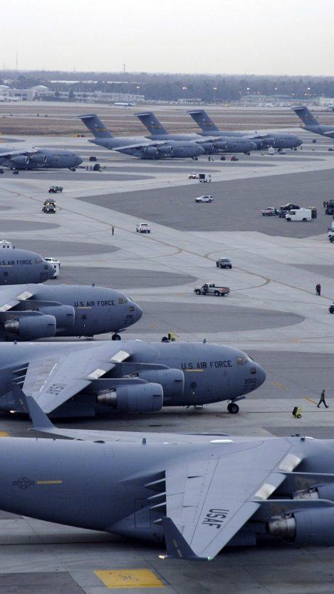 U.S Air Force Boeing C 7 Globemaste III iPhone Wallpaper iphoneswallpapers com