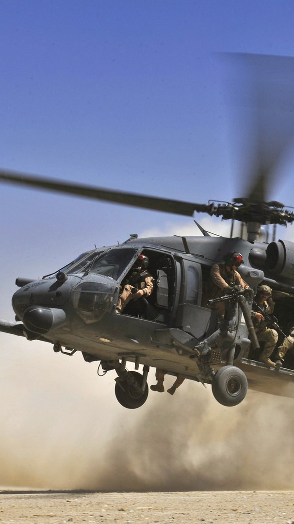 U.S Army Combat Rescue Soldiers Black Hawk Helicopter iPhone Wallpaper iphoneswallpapers com
