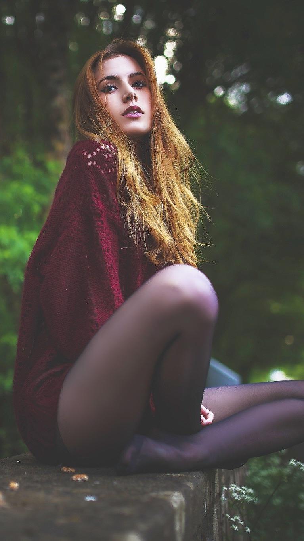 Girl Sitting Beautiful Legs Wallpaper iPhone Wallpaper iphoneswallpapers com