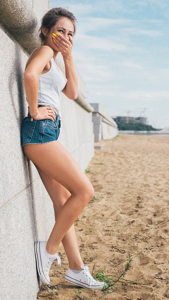 Girl on Beach Shorts Fun iPhone Wallpaper iphoneswallpapers com