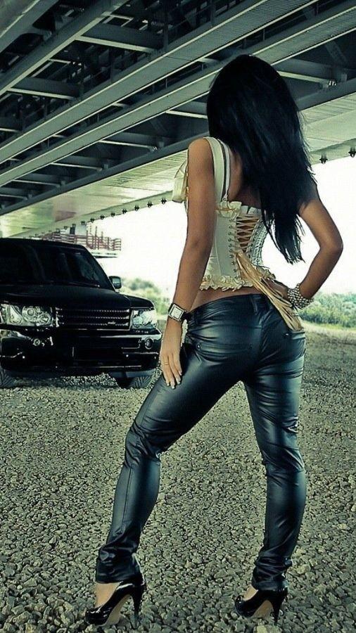 Girl with Black Range Rover iPhone Wallpaper iphoneswallpapers com