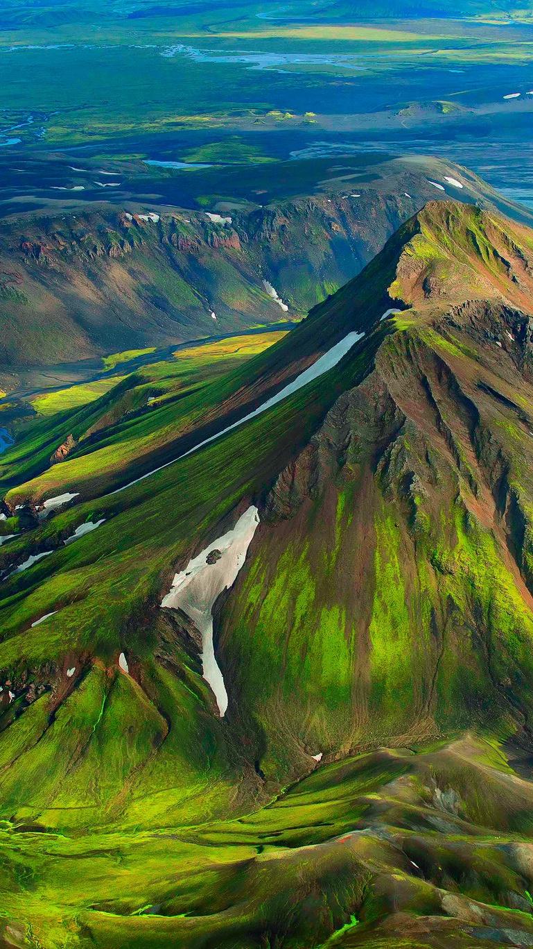 Green Mountains iPhone Wallpaper iphoneswallpapers com