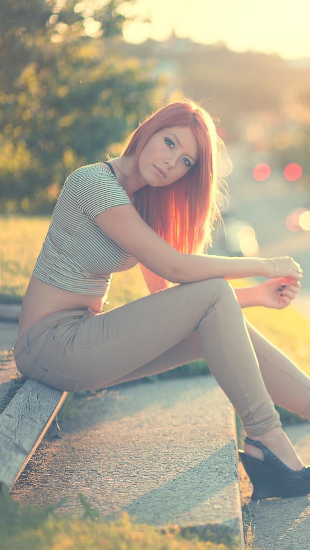 Red Head Girl Beautiful Body Pose iPhone Wallpaper iphoneswallpapers com