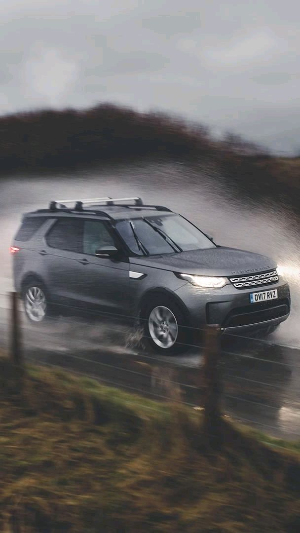 Land Rover Discovery 5 iPhone Wallpaper iphoneswallpapers com