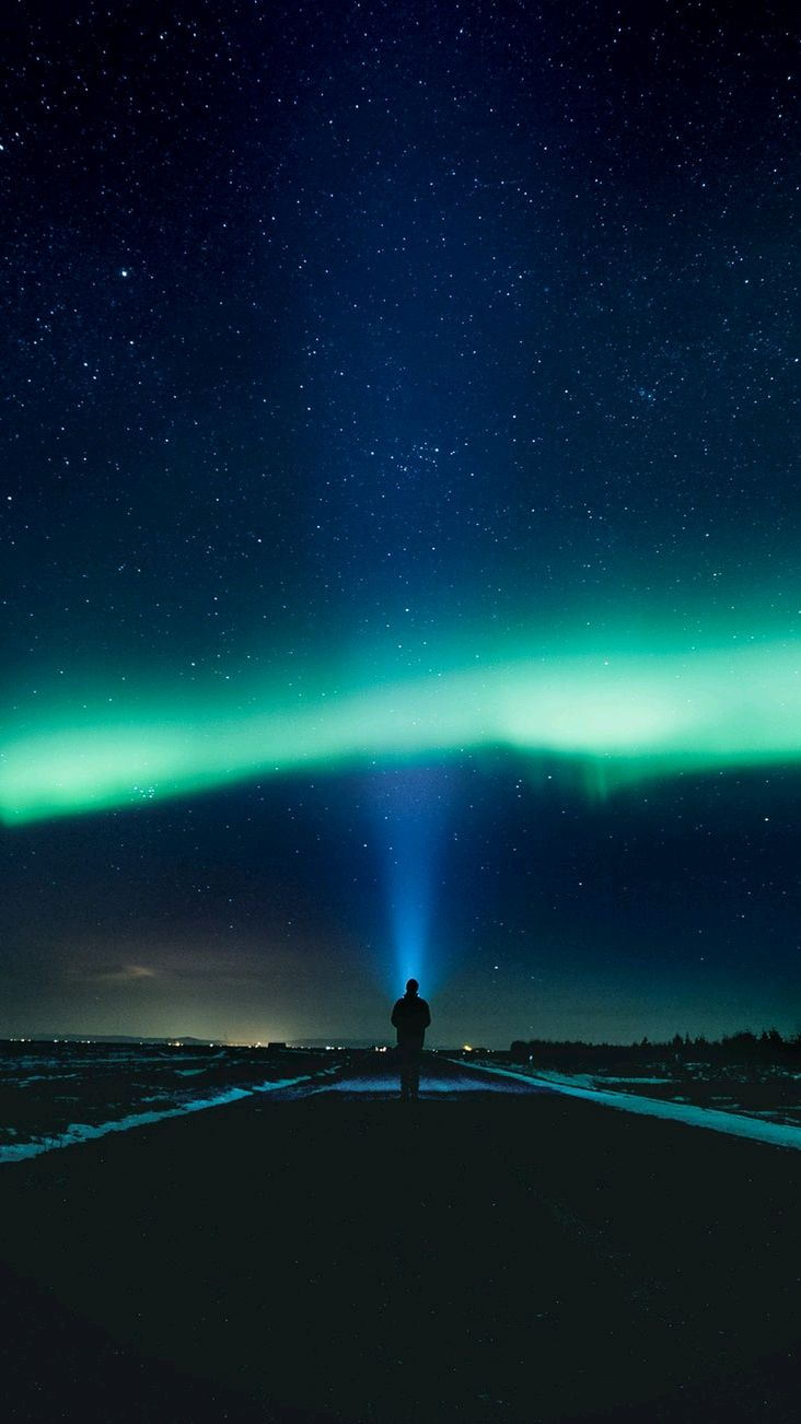 Man and Nothern Lights iPhone Wallpaper iphoneswallpapers com