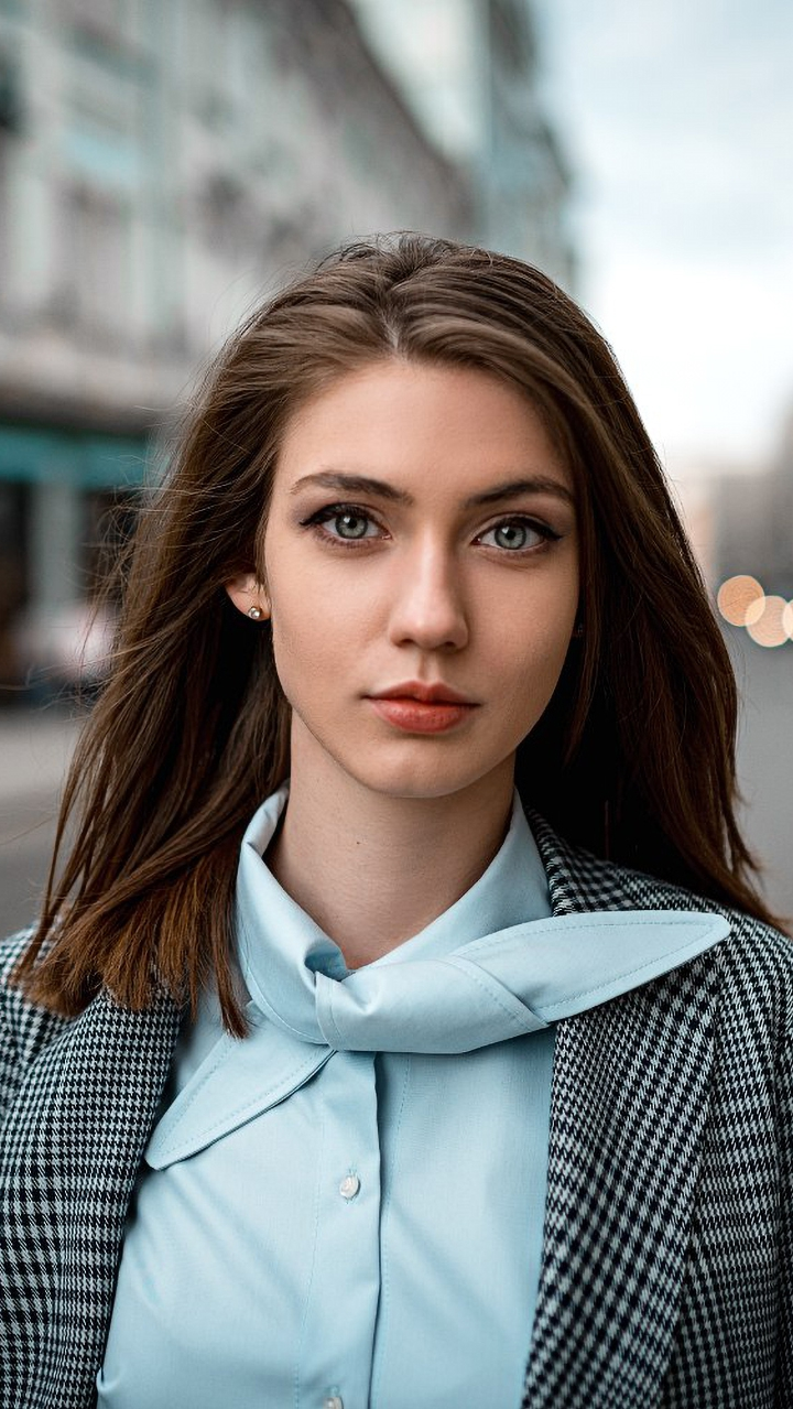Beautiful Eyes Face Lady Portrait iPhone Wallpaper iphoneswallpapers com