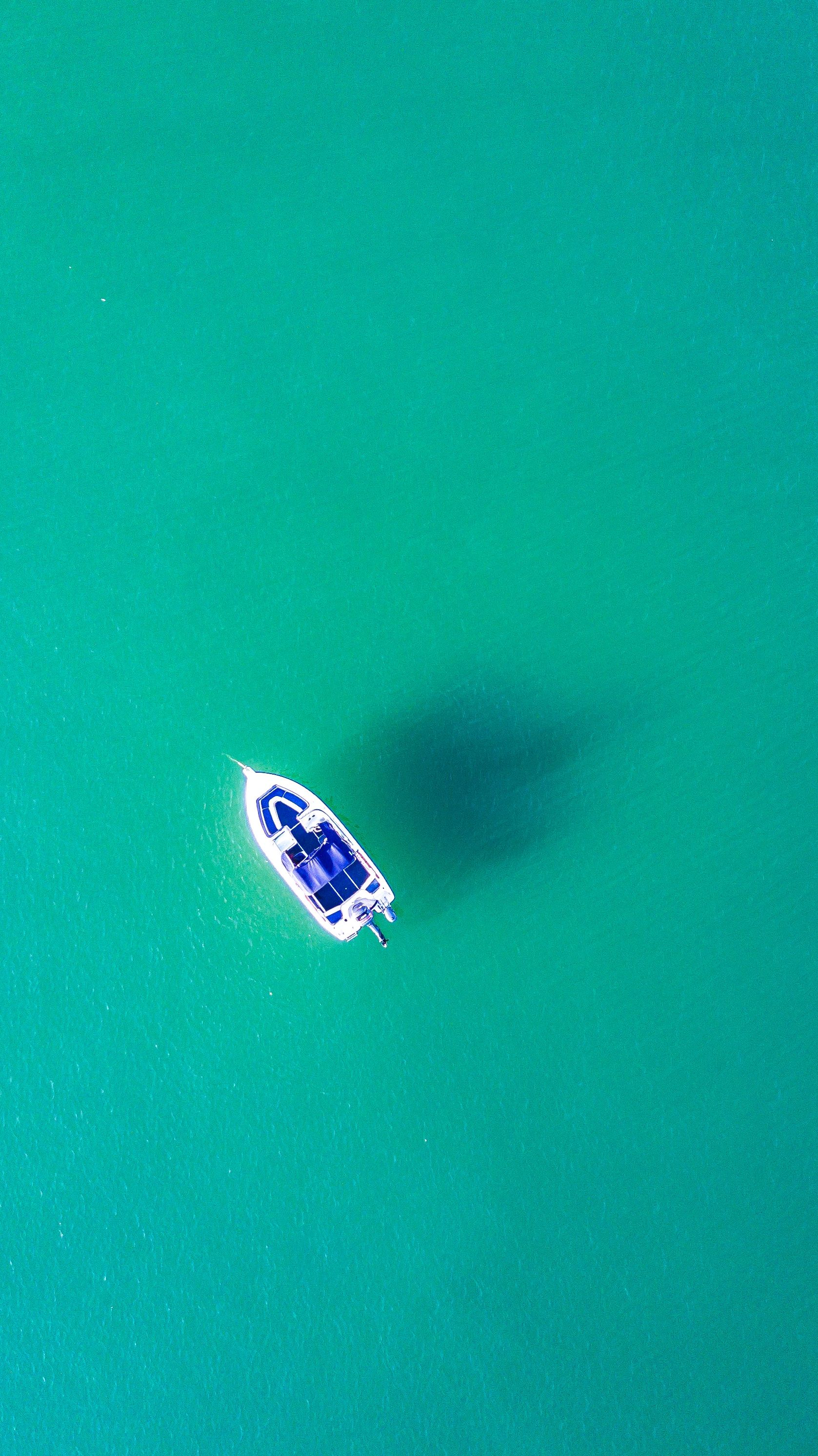 Boat in Transparent Water Minimal iPhone Wallpaper iphoneswallpapers com