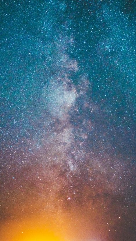 Milky Way Galaxy from Sky iPhone Wallpaper