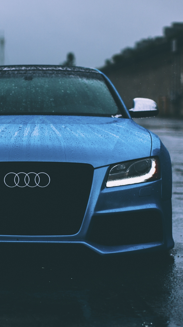 Audi RS5 iPhone Wallpaper