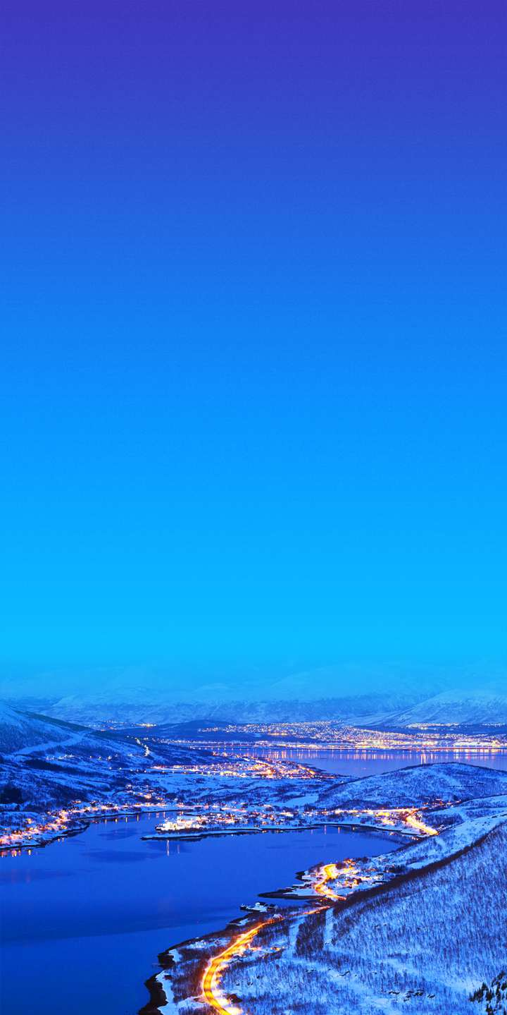 Winter City North Pole iPhone Wallpaper