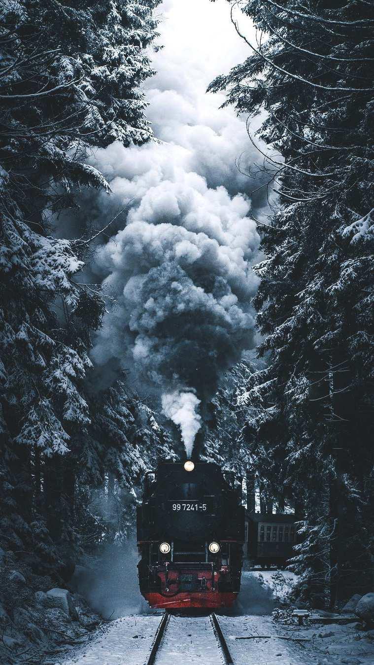 Winter Express iPhone Wallpaper