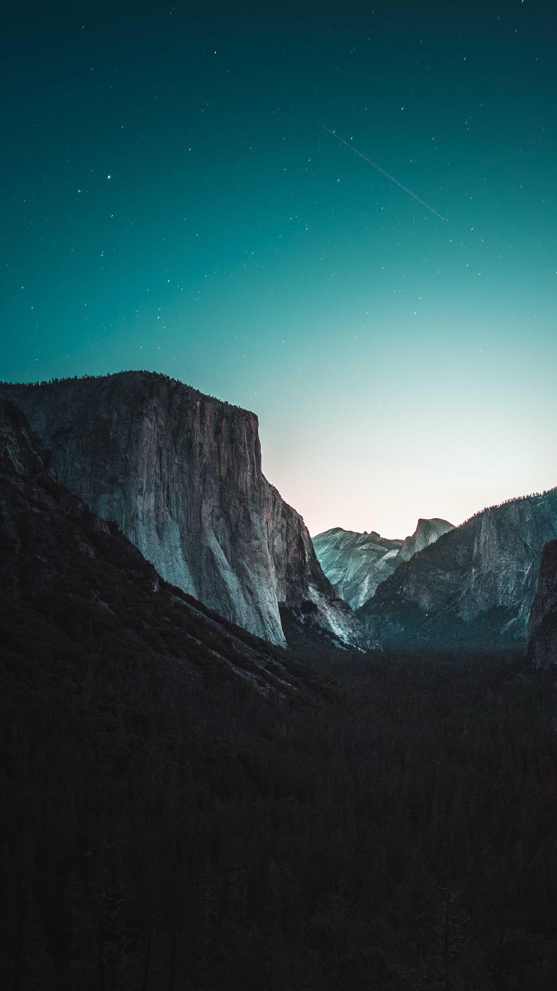 Yosemite Night iPhone Wallpaper