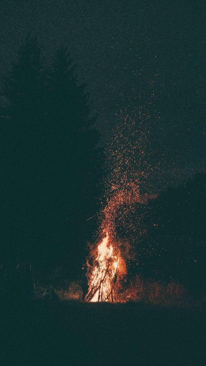 Camp Fire Dark Night iPhone Wallpaper