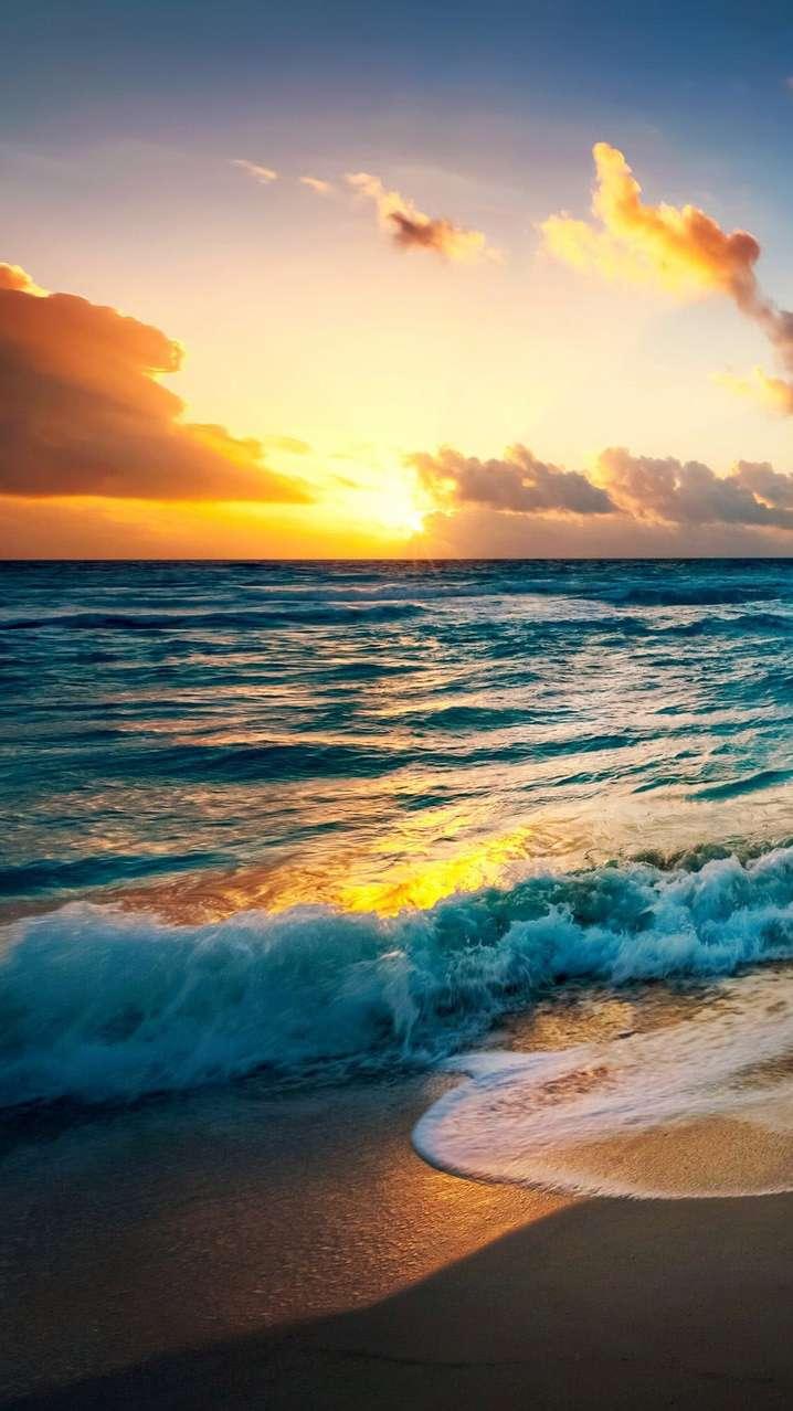 Sunrise Beach HD iPhone Wallpaper