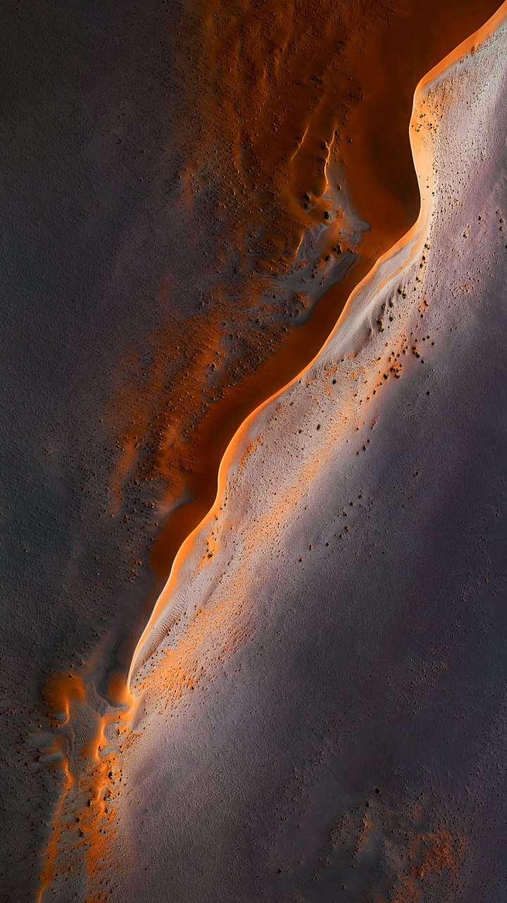 Mars Desert iPhone Wallpaper