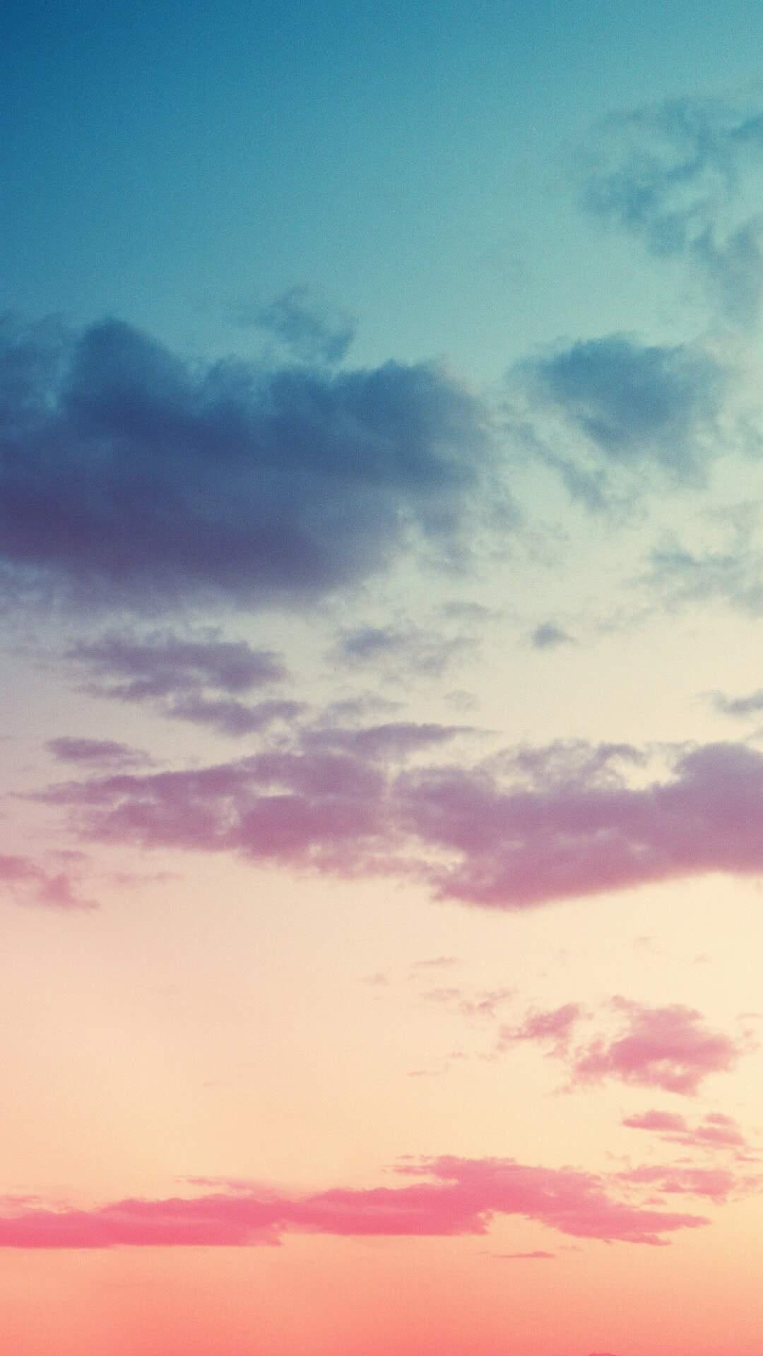 Gradient Cloudy Sky iPhone Wallpaper