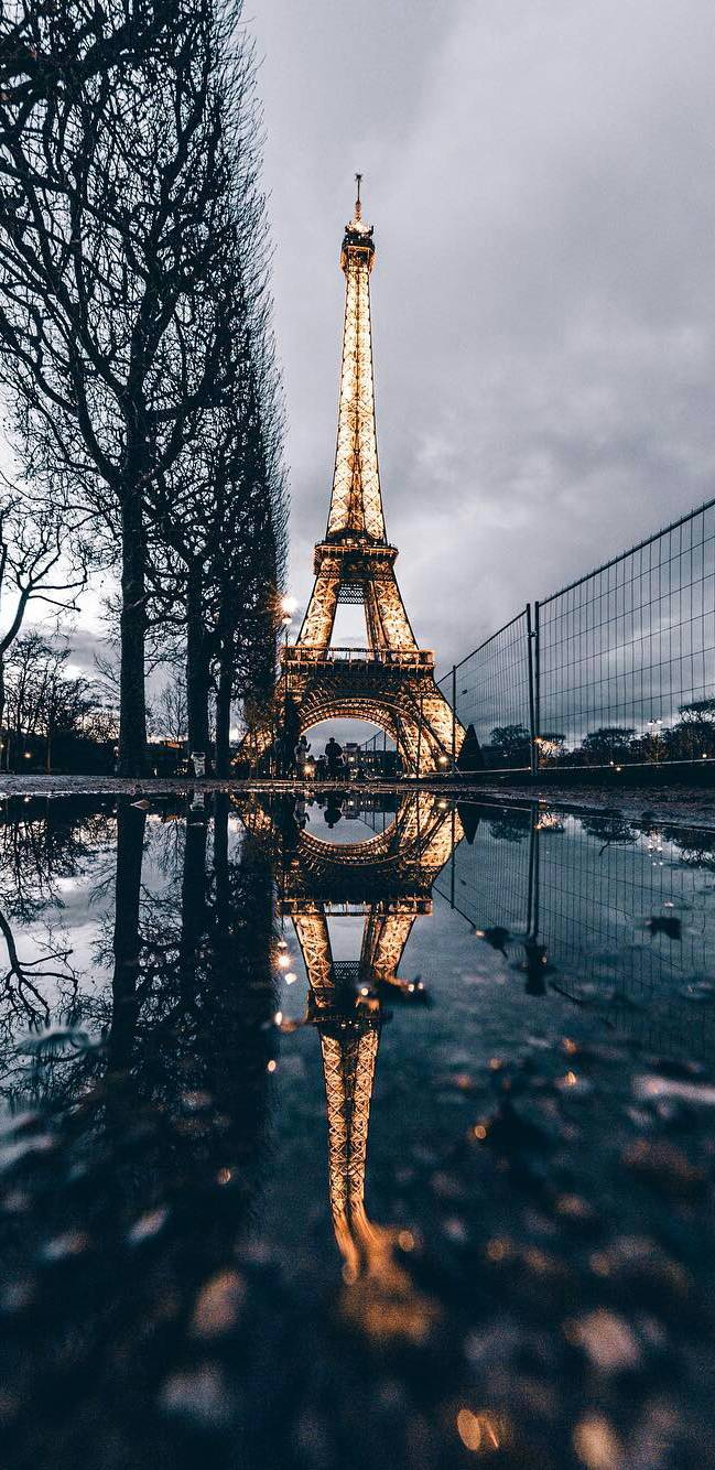 Eiffel Tower Reflection iPhone Wallpaper