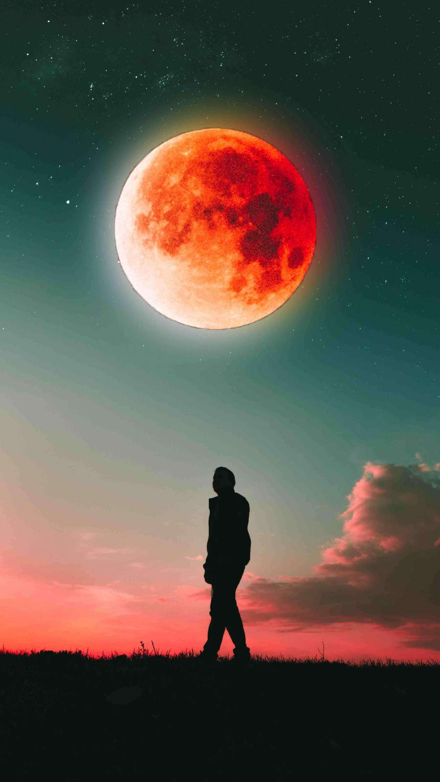Watching Blood Moon iPhone Wallpaper