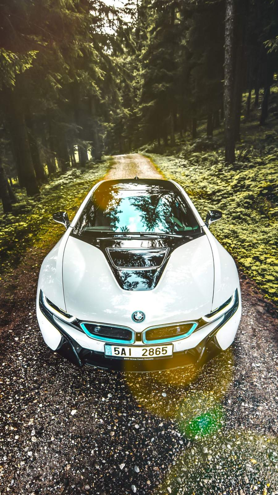 BMW i8 4K iPhone Wallpaper