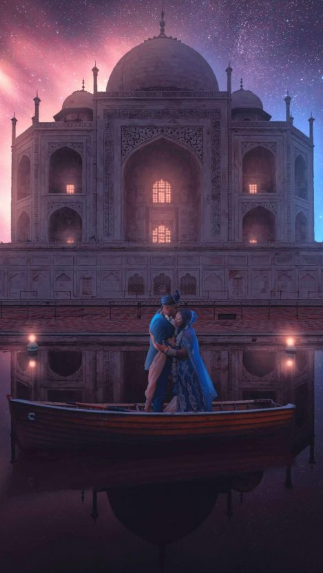 Love in Taj Mahal iPhone Wallpaper