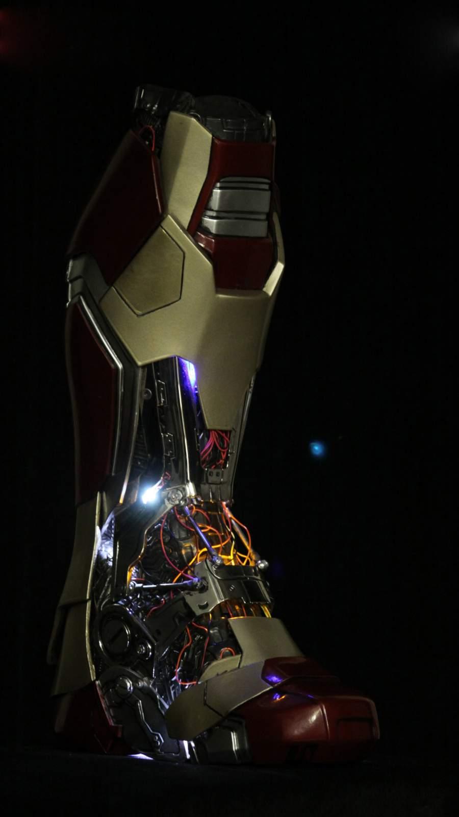 Iron Man Technology iPhone Wallpaper