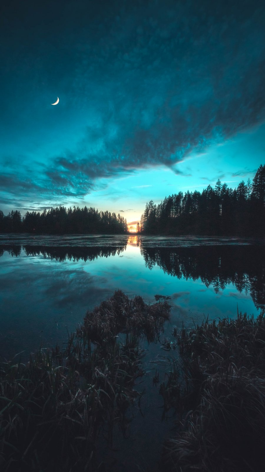 Twilight Lake iPhone Wallpaper