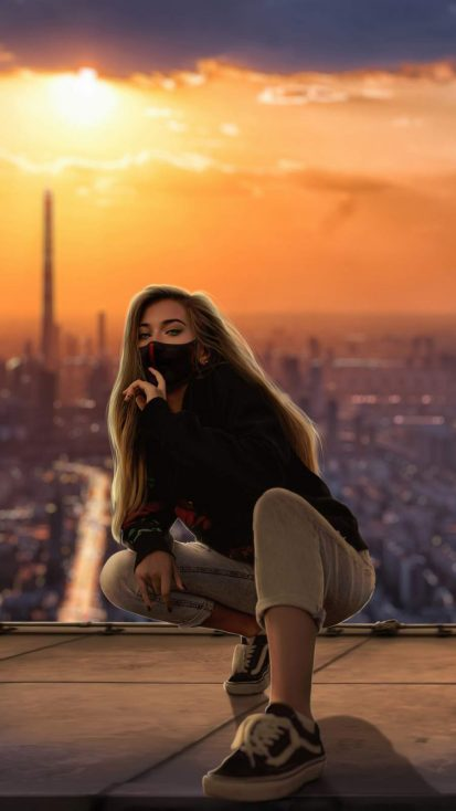 Girl Mask City Outdoor