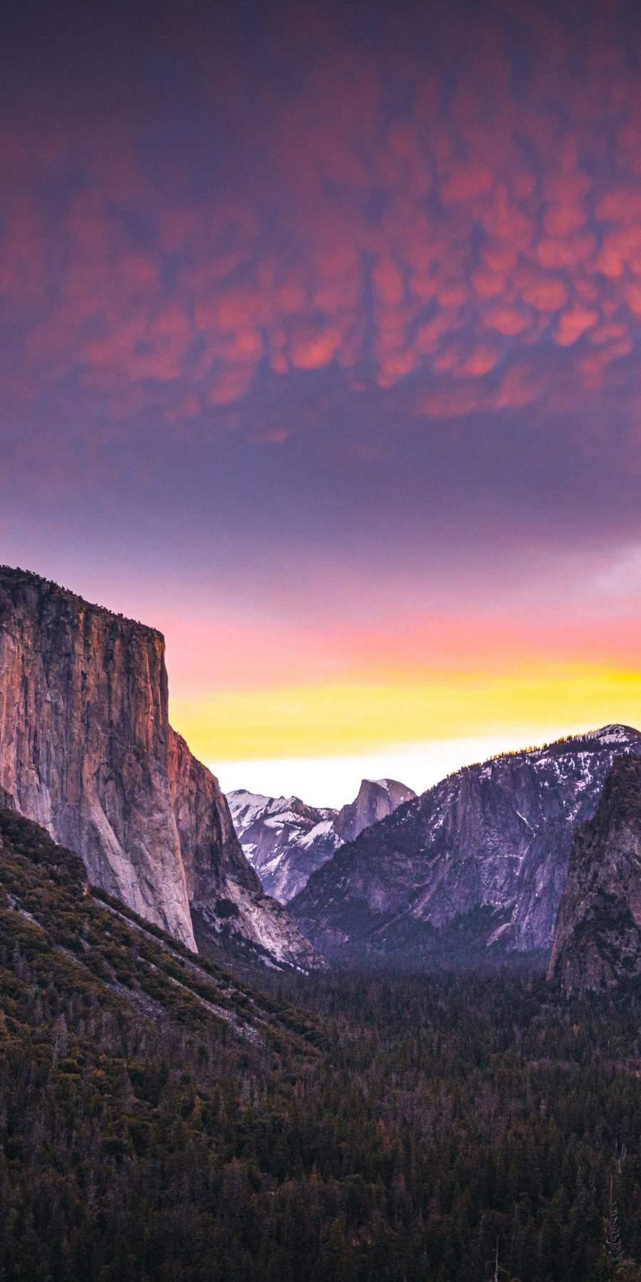 Yosemite Nature 4K iPhone Wallpaper