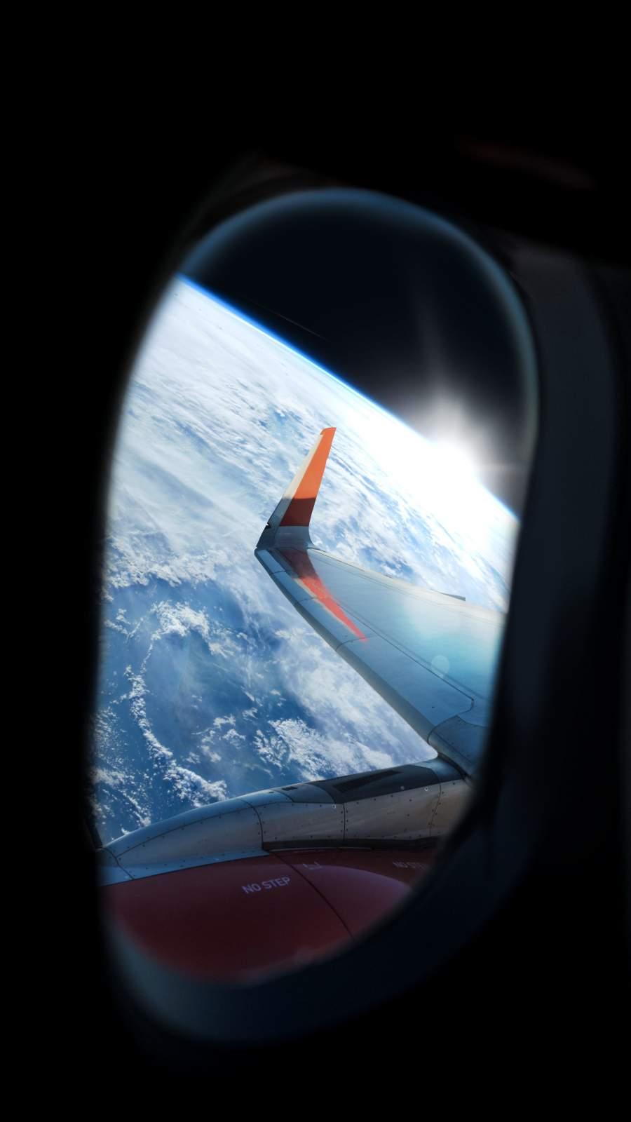 Space Flight iPhone Wallpaper