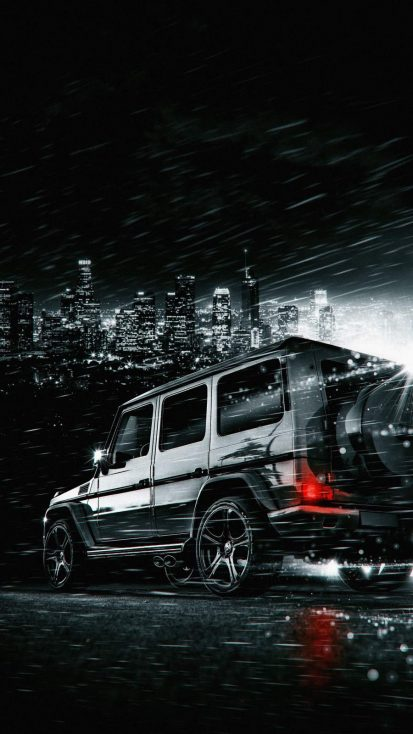 G Wagon in Night iPhone Wallpaper