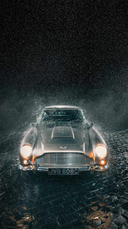 Aston Martin DB5 iPhone Wallpaper