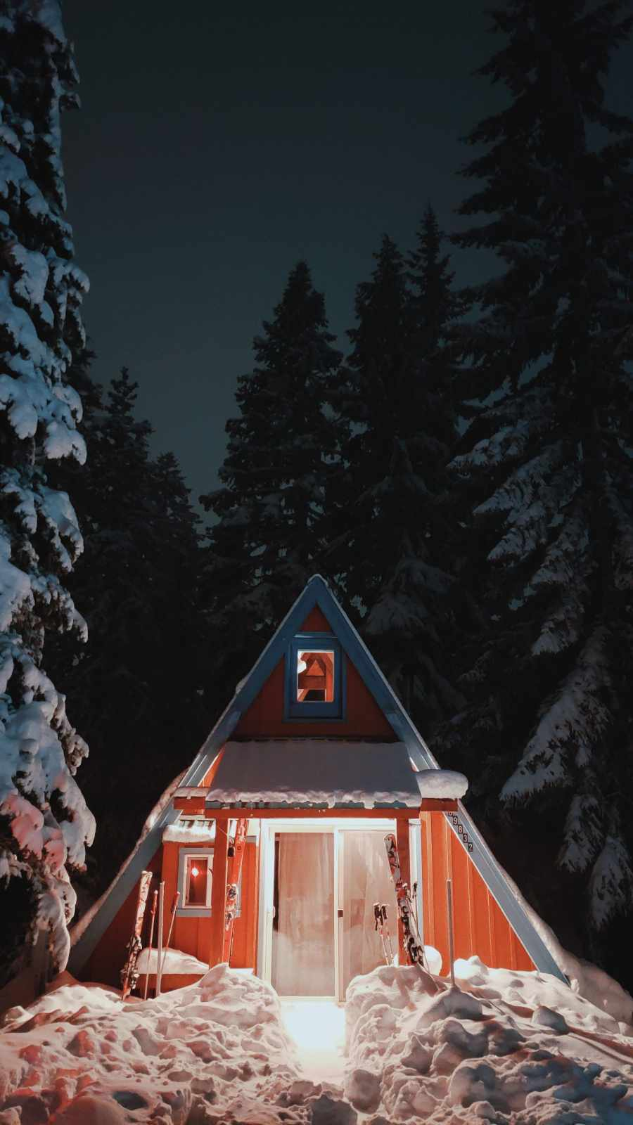 Snow House iPhone Wallpaper