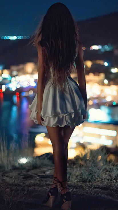 Night Alone White Skirt Girl