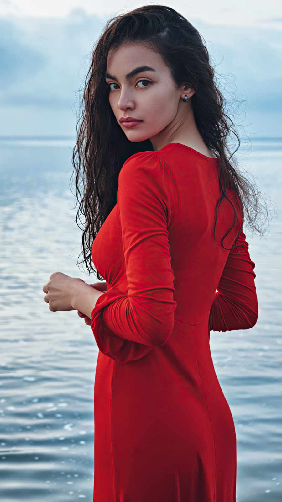 Red dress girl Long hair looking back