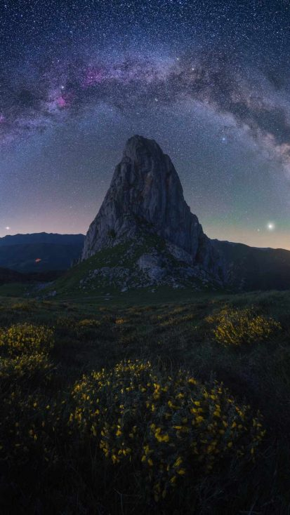 Landscape Mountain Starry Sky iPhone Wallpaper